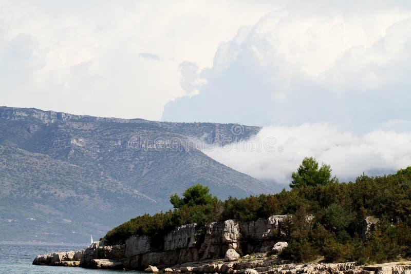 Berge in Kroatien lizenzfreie stockfotografie