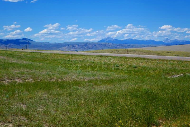 Berge nahe Dillion, Montana lizenzfreies stockbild