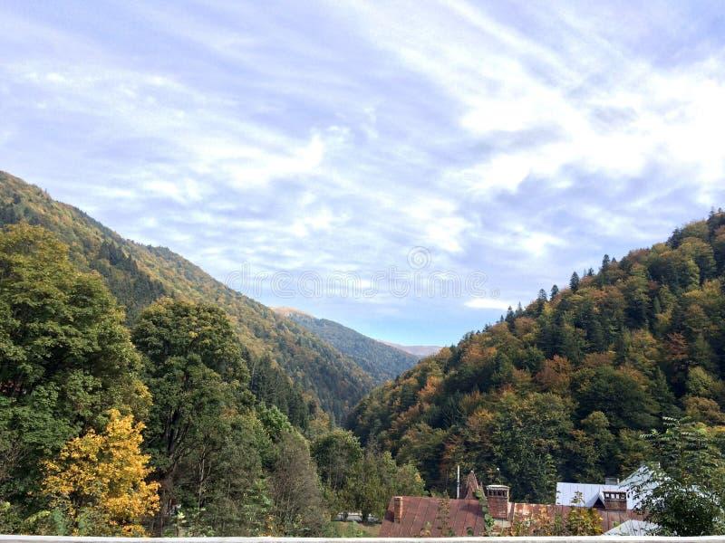 Berge und Natur stockbild