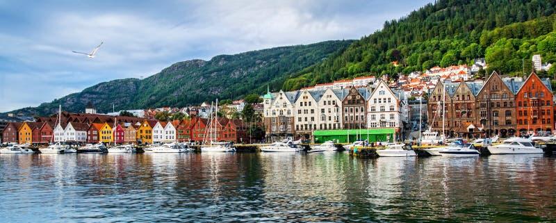 bergen Норвегия Взгляд исторических зданий в Bryggen- Hanseat стоковое изображение