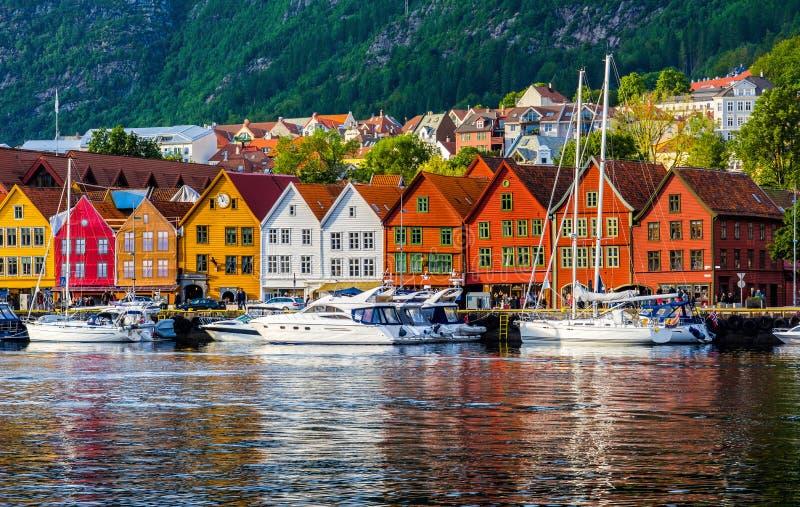 bergen Норвегия Взгляд исторических зданий в Bryggen- Hanseat стоковое фото