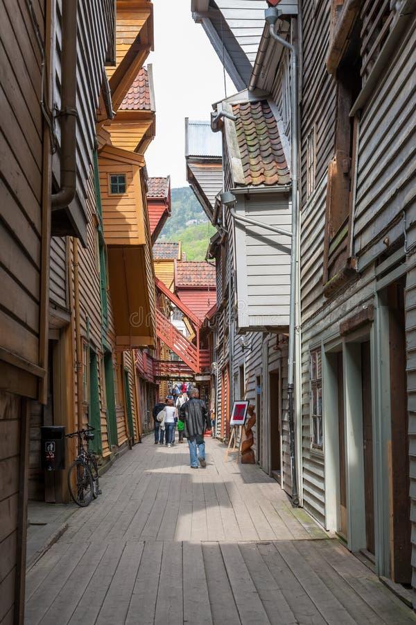 bergen bryggen berömda norway färgrikt royaltyfri foto