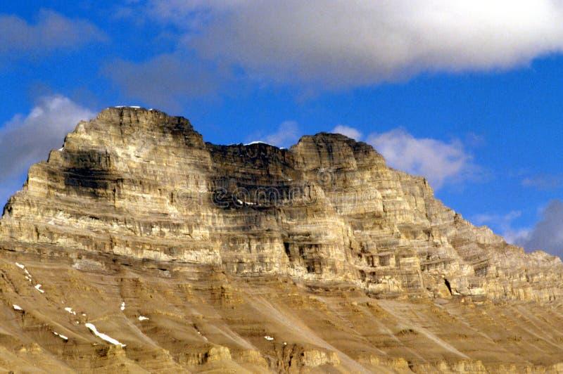 Bergen en Wolken royalty-vrije stock afbeeldingen