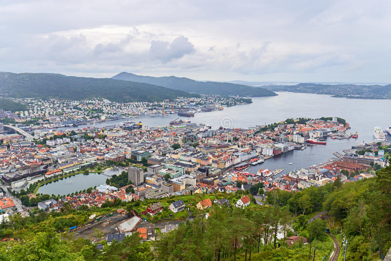 Bergen flyg- sikt, Norge royaltyfri fotografi