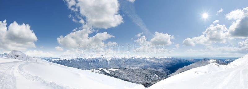 Bergen met sneeuw stock fotografie