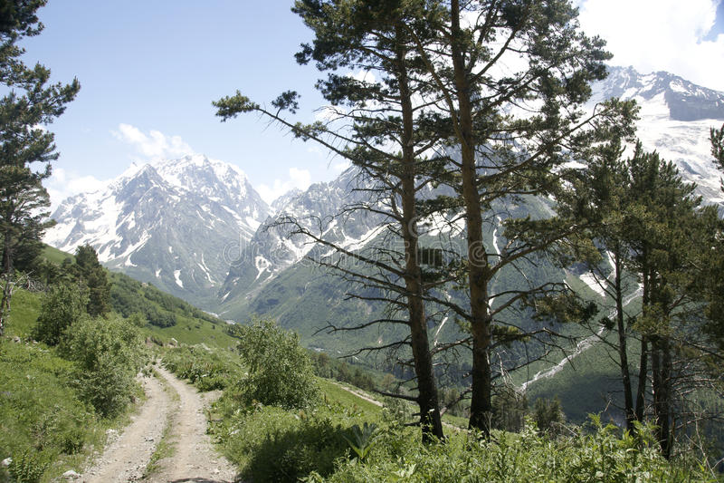 In bergen op Dombai royalty-vrije stock afbeelding