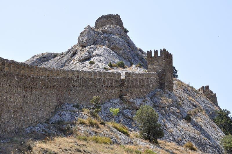 Bergfestung (Genoese Festung) lizenzfreie stockfotos