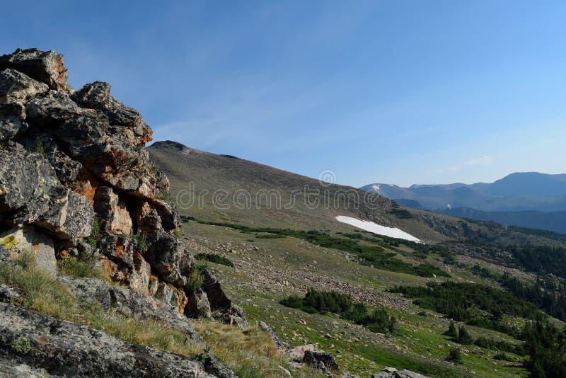 Berghellingen stock afbeeldingen