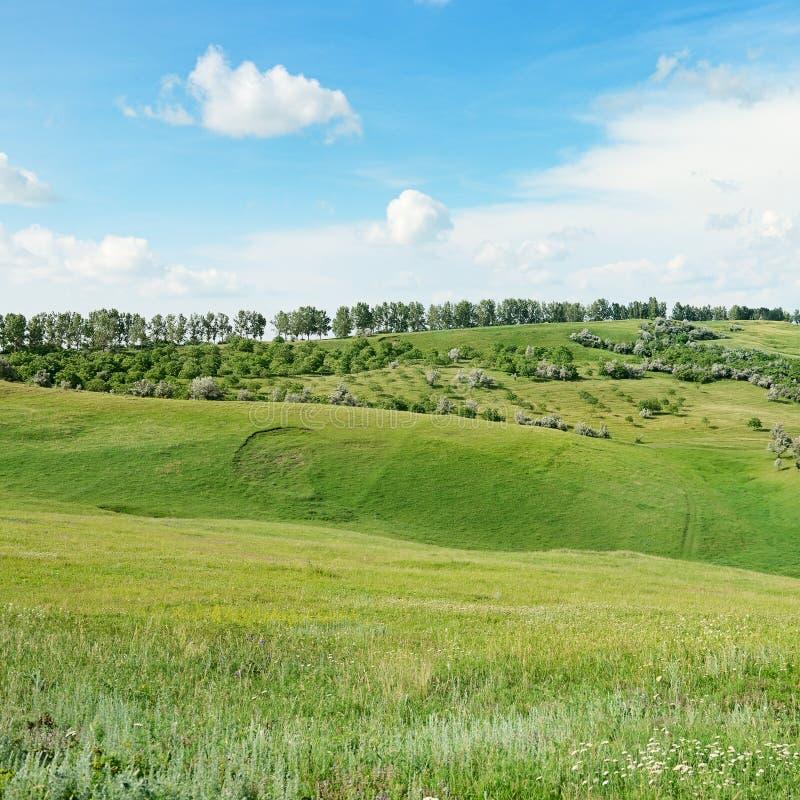 Bergiges Gelände stockfoto
