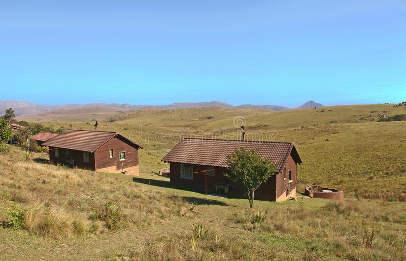 Bergkabiner på den Malolotja reserven i Swaziland arkivfoton