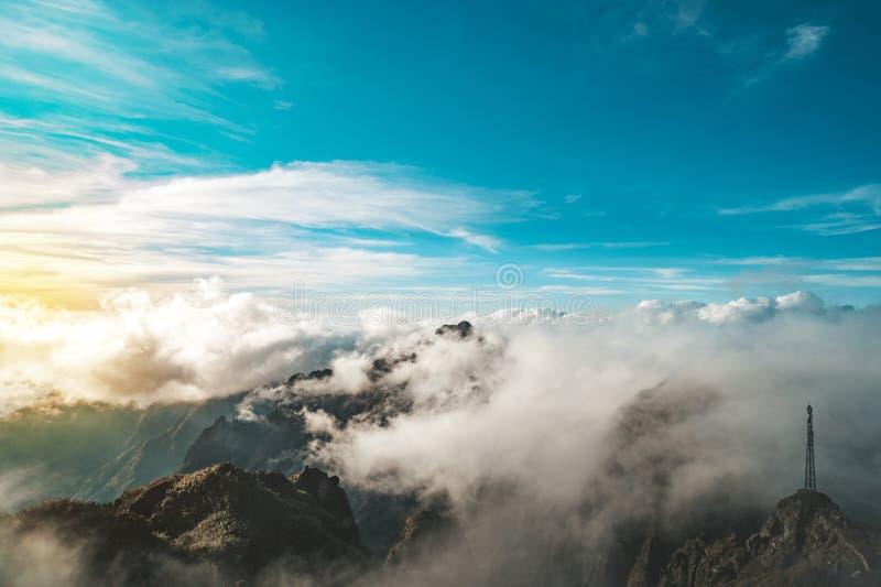 bergketen van fansipan hoogste bergtop van indochina in sapa lao cai provincie noordelijk Vietnam royalty-vrije stock afbeelding