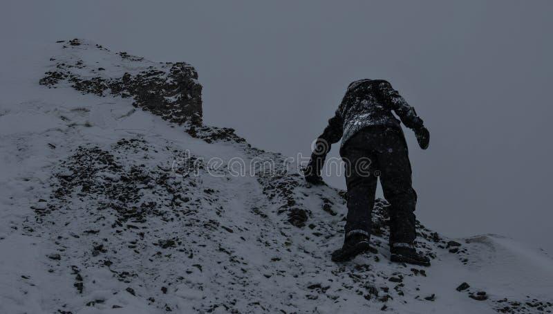 Bergklättring fotografering för bildbyråer