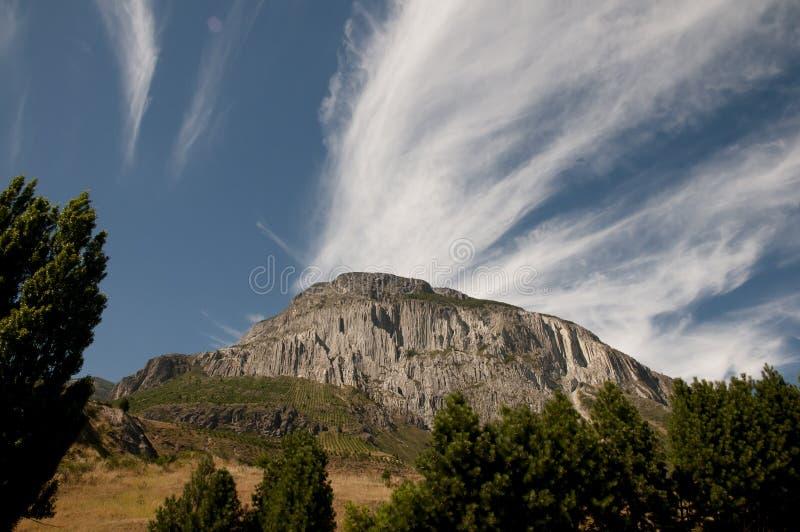 Bergklippa - Coyhaique - Chile royaltyfri bild