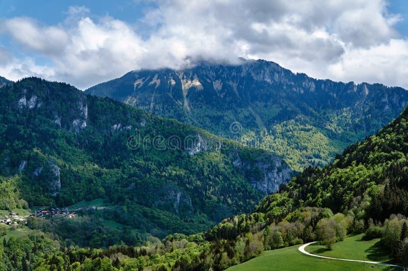 Berglandschap in de Alpen royalty-vrije stock foto