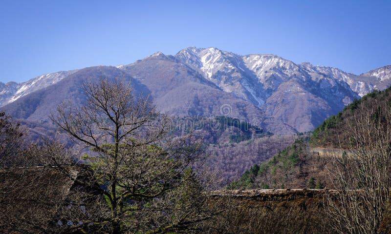 Berglandschap in Gifu, Japan stock foto