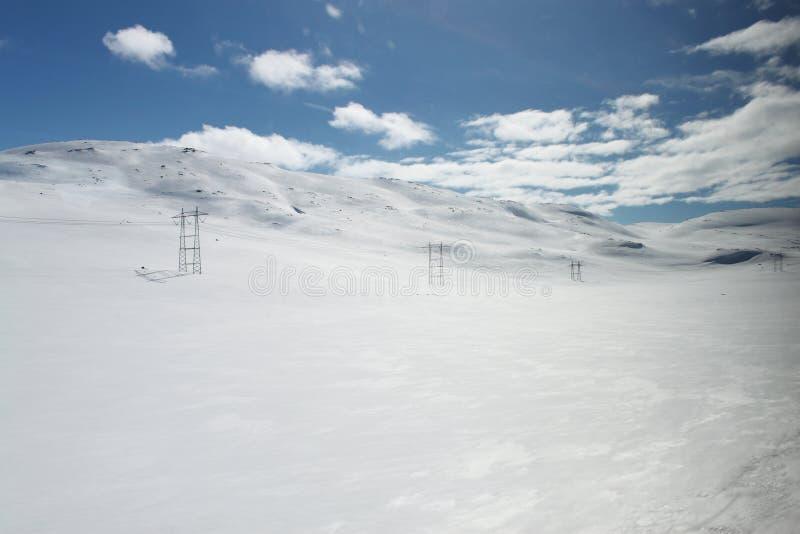 Berglandschap met sneeuw stock afbeeldingen
