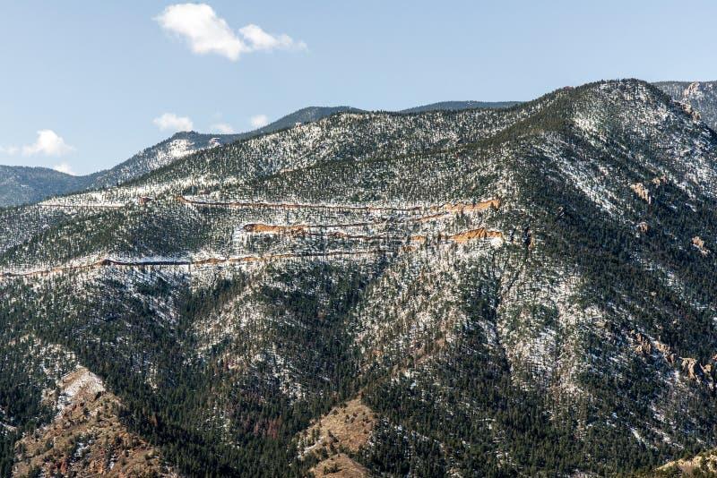 Berglandschappen van hol van de windenweg Colorado Springs stock fotografie