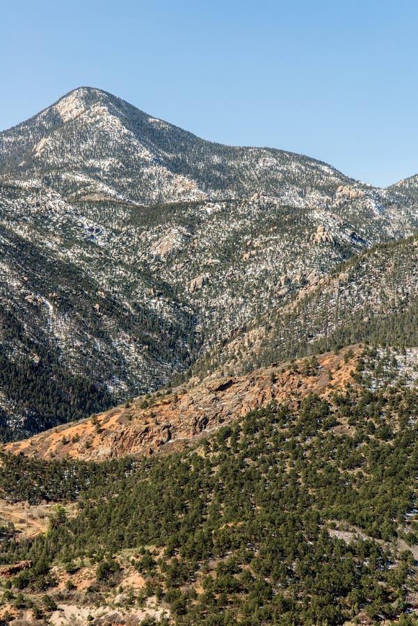 Berglandschappen van hol van de windenweg Colorado Springs stock foto