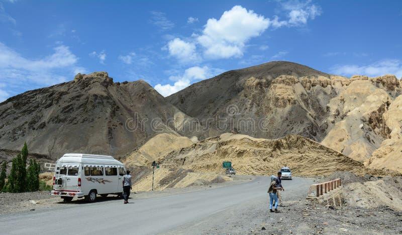 Berglandskap i Ladakh, Indien royaltyfria foton