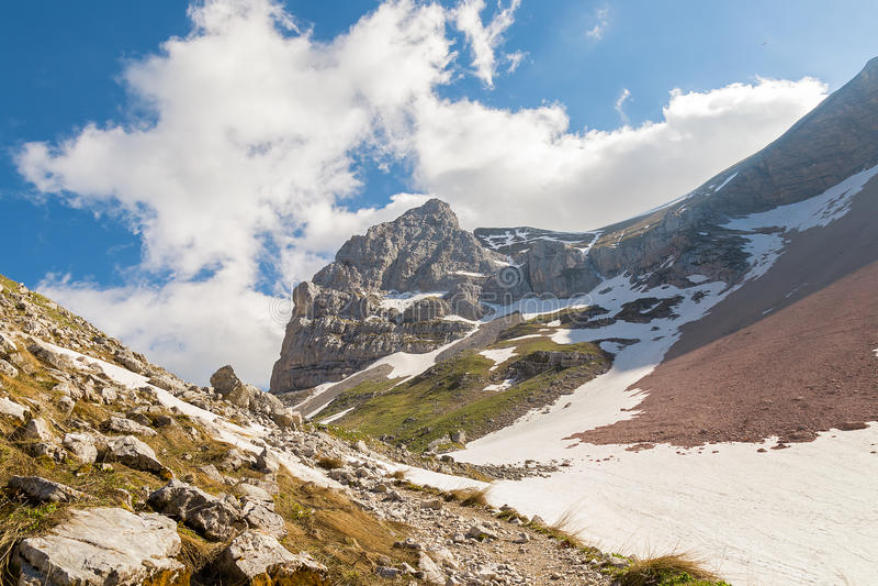 Berglandskap - Sibillini berg arkivbilder