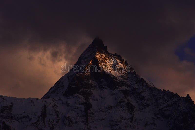 Bergmaximum av Himalaya arkivfoto