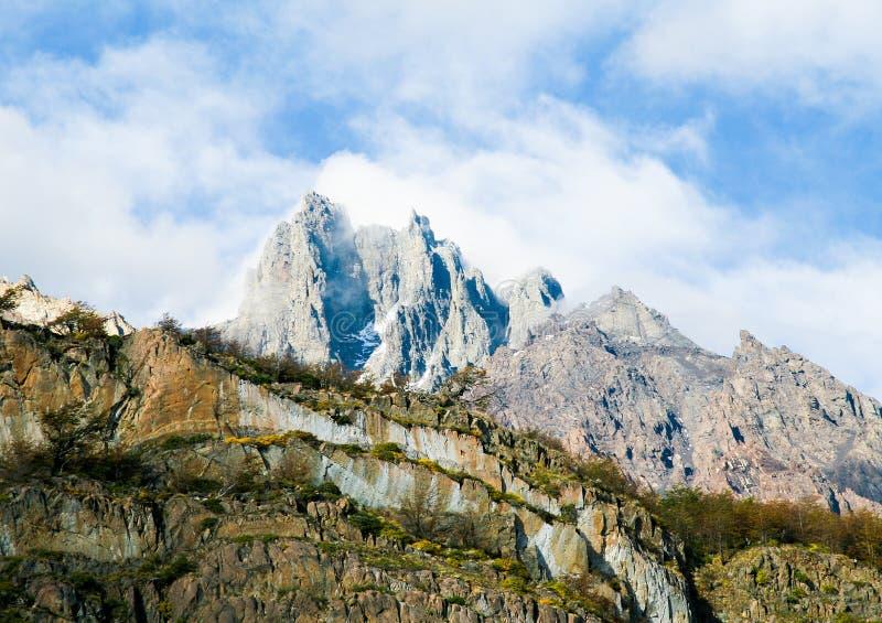Bergmaximum i den Torres del Paine nationalparken i Patagonia, Ch arkivbilder