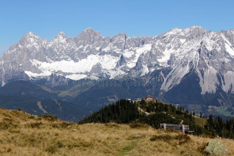Bergmening aan Dachstein van Hochwurzen royalty-vrije stock afbeelding