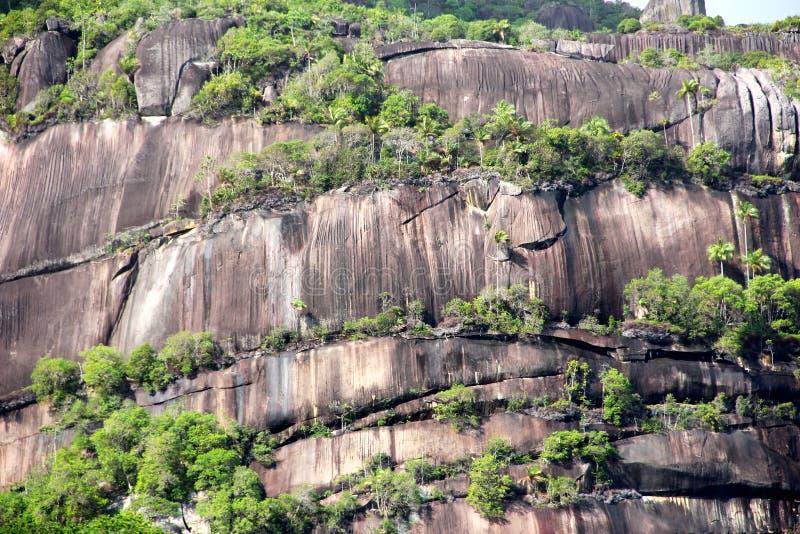 Bergmening over Seychellen stock foto's