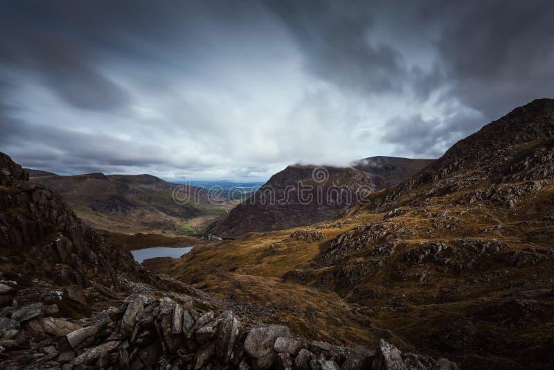 Bergpasserande i Wales arkivfoto