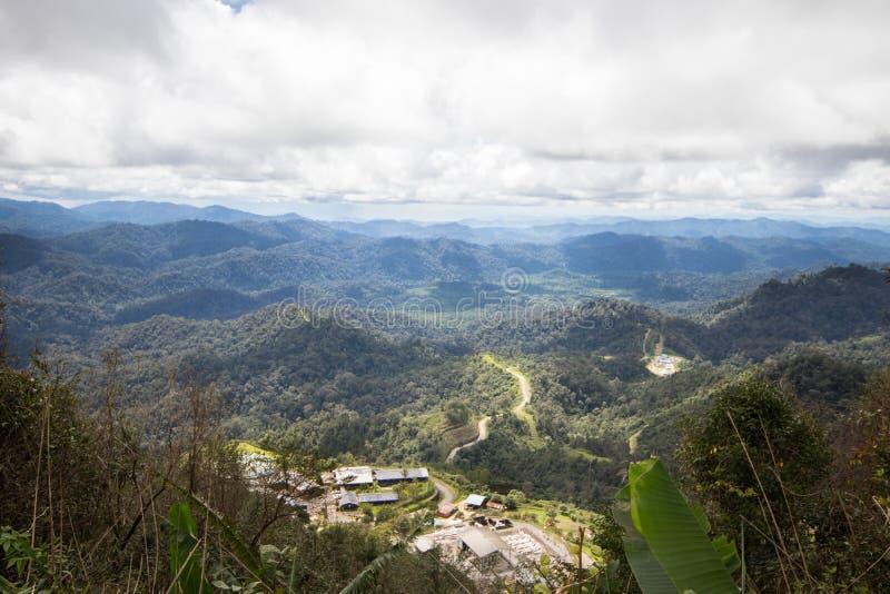 Bergskedja i Thailand arkivfoto