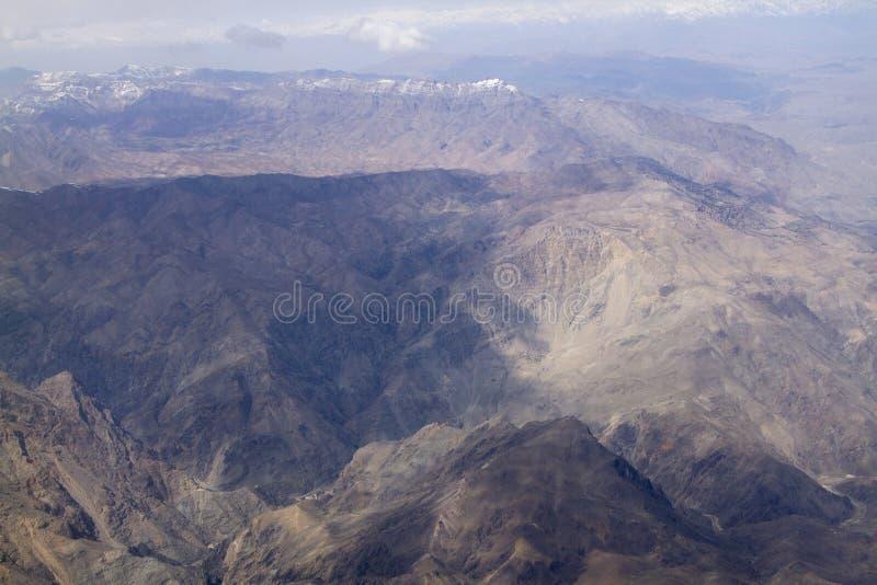 Bergslinjen Hindustan i Afghanistan royaltyfria foton
