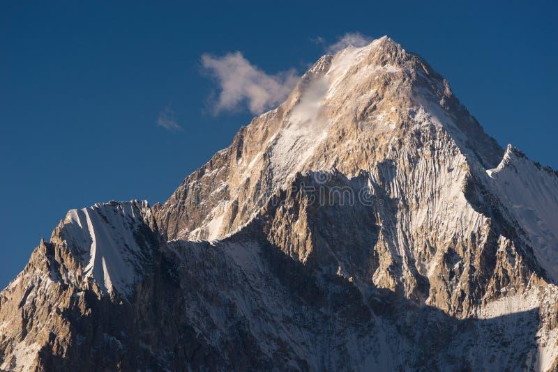 Bergspitze Gasherbrum 4, K2 Wanderung, Karakoram, Pakistan lizenzfreie stockfotos