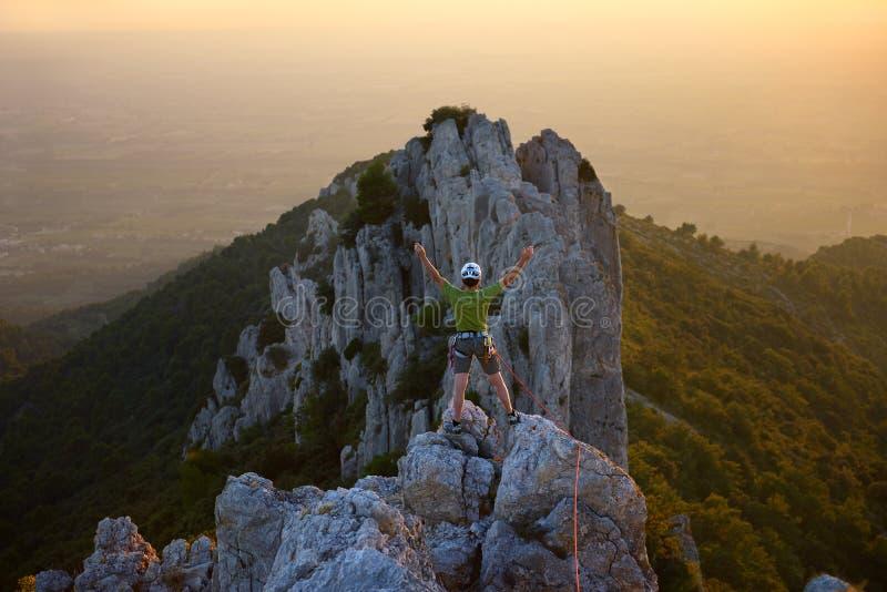 Bergsteigergipfel stockfoto