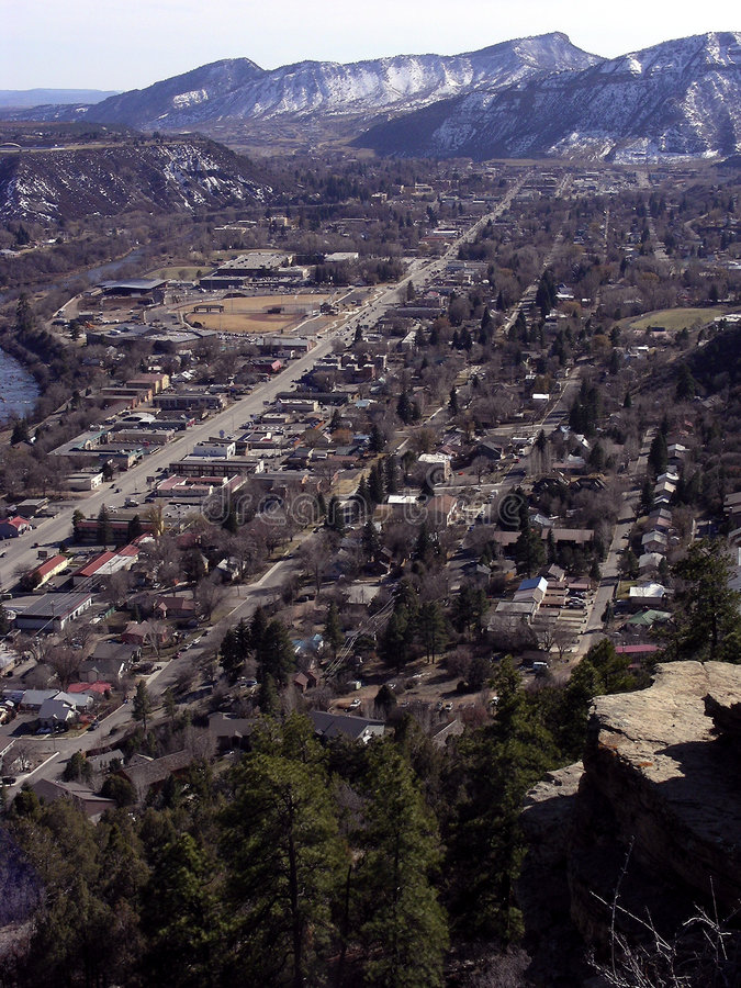 bergtown arkivfoto