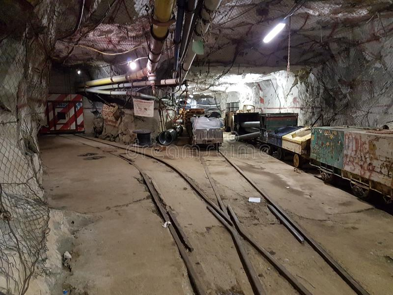 Bergwerkfunktionen Untertage stockfotografie