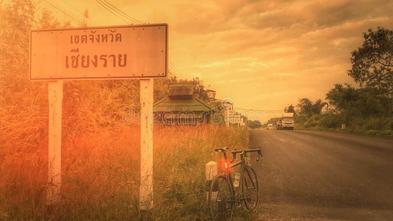 berijdende fiets in Thailand royalty-vrije stock foto