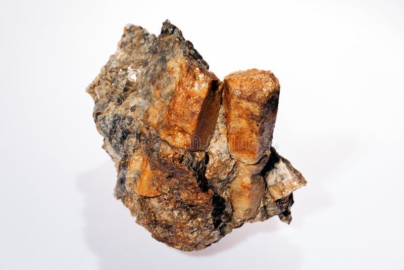 berillo minerale in pegmatite fotografie stock