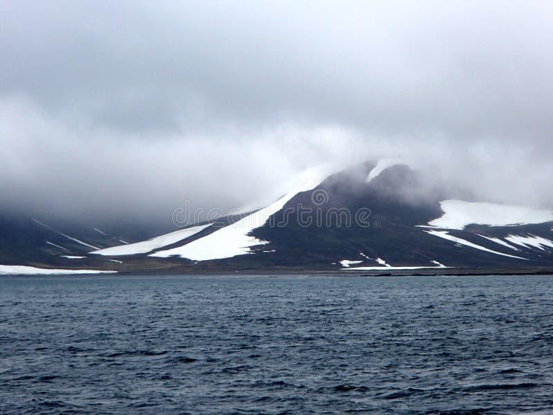 Bering Eiland het Bering Overzees, Bevelhebber Islands stock foto's