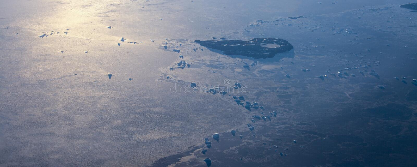 Take a picture of the ice on the bering strait(14). The bering strait is located in the high latitudes, cold weather, many storms and fog, especially stock photos