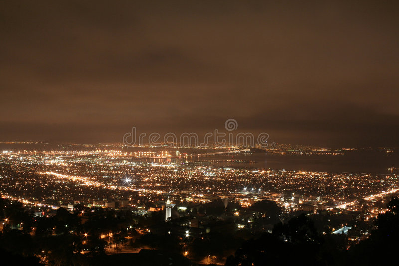 Berkeley nachts stockfotografie