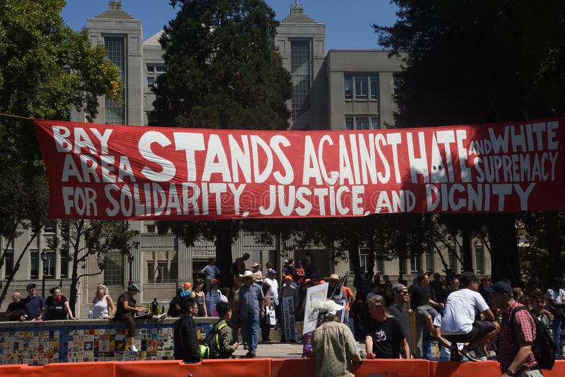 Berkeley Protests Against Fascism, racisme, et Donald Trump photo libre de droits