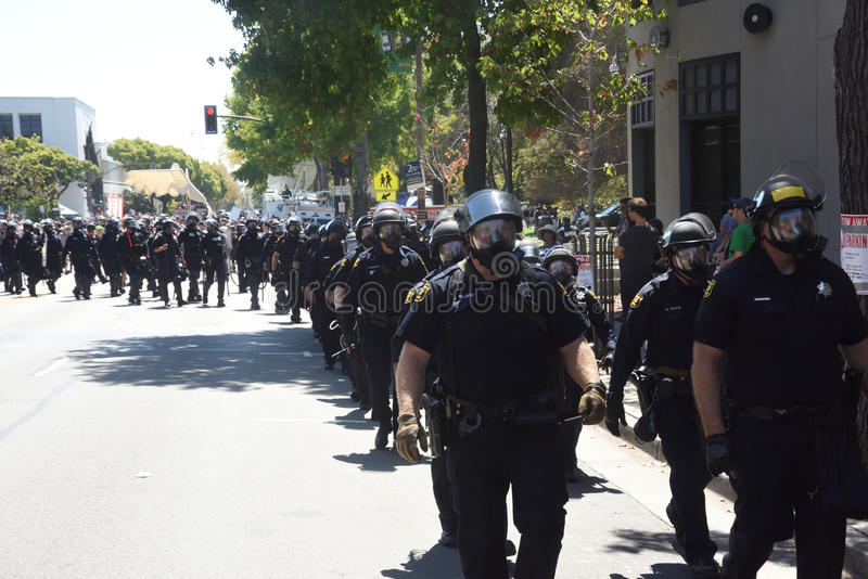 Berkley protesty Przeciw faszyzmowi, rasizmowi i Donald atutowi, zdjęcia stock