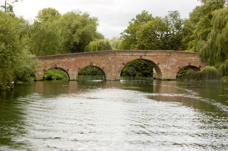 berkshire sonning bridżowy zdjęcie royalty free
