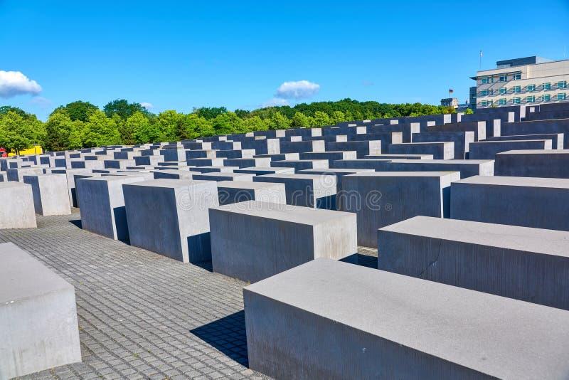 BERLÍN, ALEMANIA - 10 DE JUNIO DE 2017: Berlin Memorial a los judíos asesinados de Europa según lo visto el 10 de junio de 2017 e foto de archivo