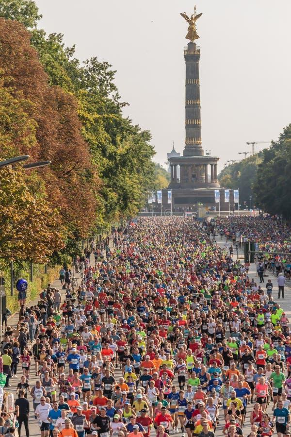 Berlín, Alemania, 16 09 2018: Berlín-maratón 2018 de BMW imágenes de archivo libres de regalías
