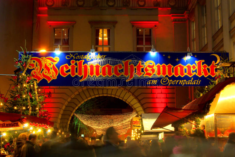 Berlińscy boże narodzenia targowy Opernpalais zdjęcia royalty free