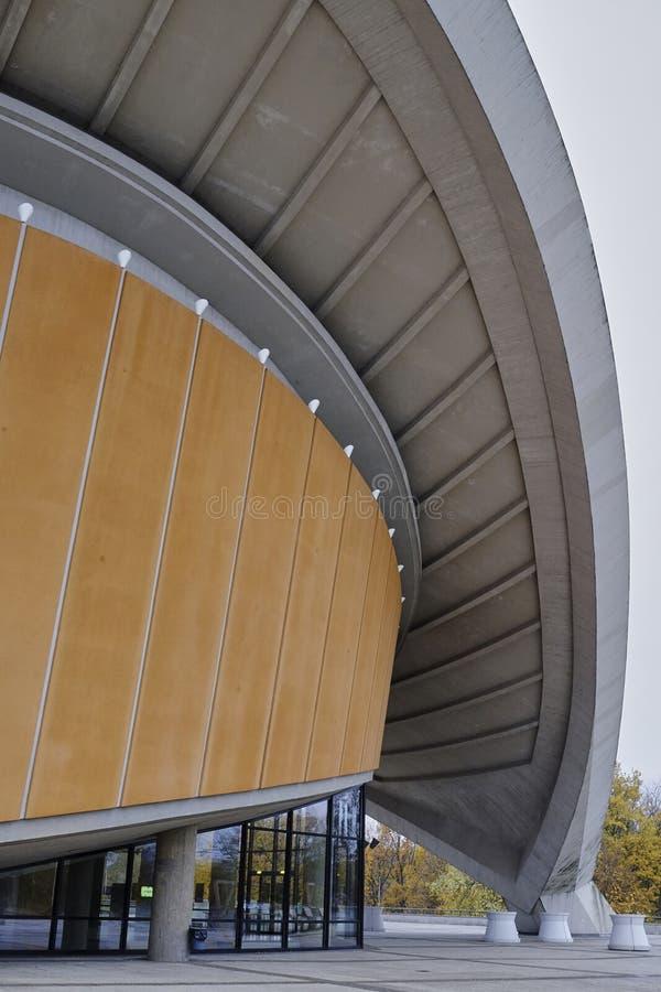 Berlińska konwencji sala, Haus dera Kulturen dera obrzęk, architektura szczegół zdjęcie stock