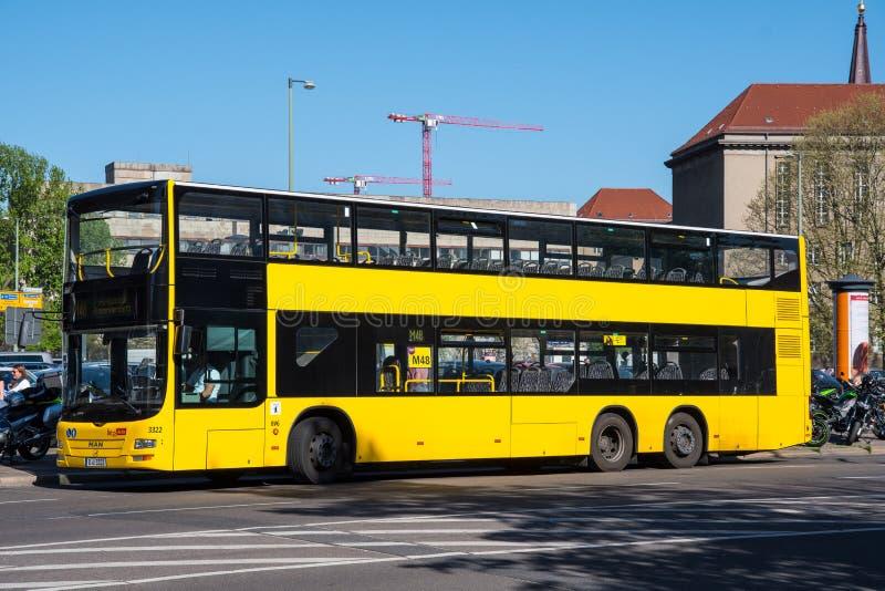 Berli?ski miasta dwoistego decker autobus zdjęcie royalty free