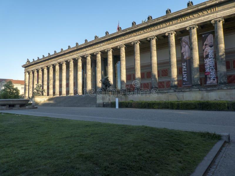 Berlijn alte nationalgalerie stock foto