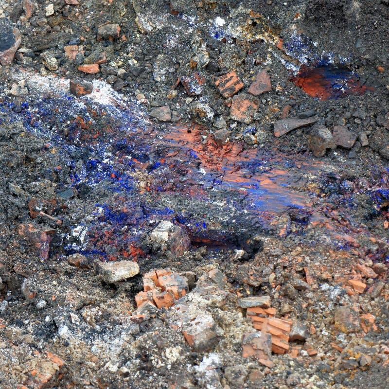 ` Berlijn blauwe `, een giftige cyanidesamenstelling, hydrocyanic zuur, in de ondergrond van de bouwwerf voor woningbouw stock afbeeldingen